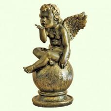 Садовая фигура Играющий ангел