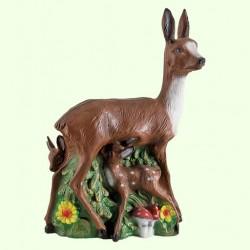 Садовая фигура Олениха с олененком