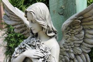 Фигурки Ангелов: символизм, приметы, значение…