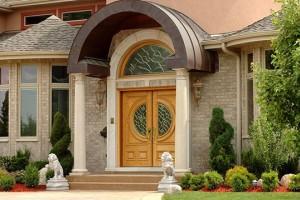 Как красиво оформить вход в частный дом?